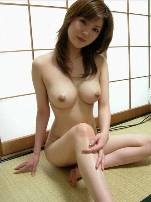 宮崎・40代熟女デリヘル嬢の素股テクが凄まじい件